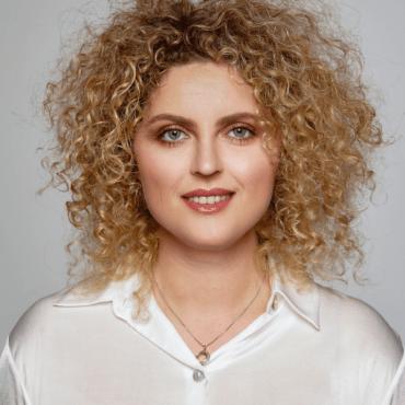 Lek. Karolina Nowak